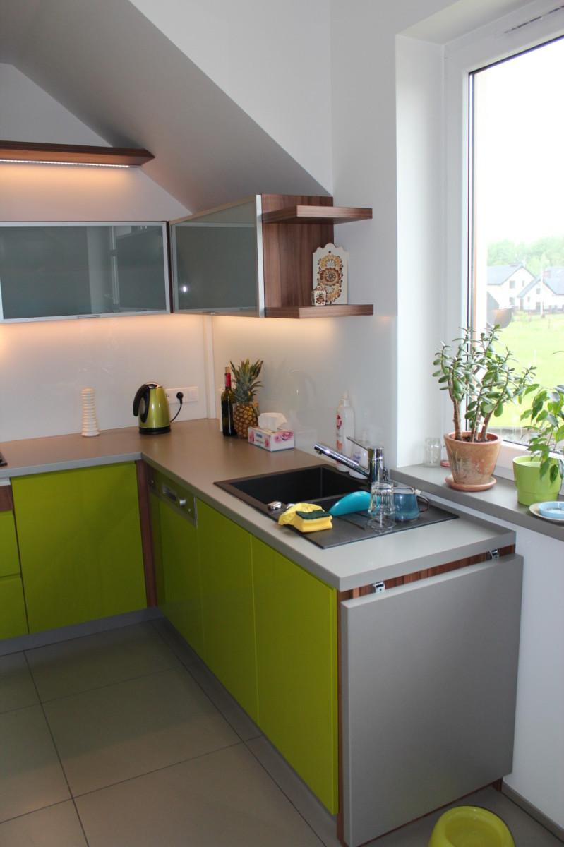 ankes kuchenny zielony lakier (1)