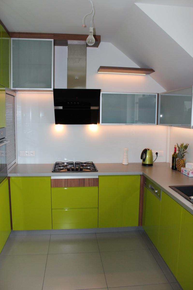 ankes kuchenny zielony lakier (2)