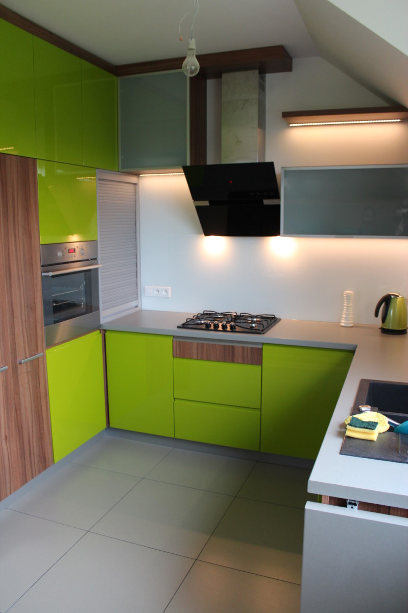 ankes kuchenny zielony lakier